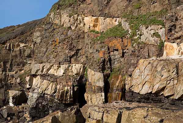 Granite Sills - Tremearne Cliff -2 (S16)