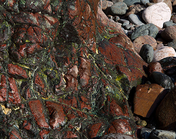 Rock - Serpentinite - Kynance Cove - 1 (S17)