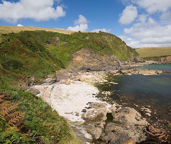 Polgwyn Beach