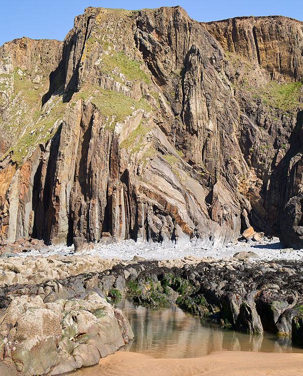Cliffs (S6)