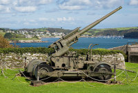 WW11 Gun