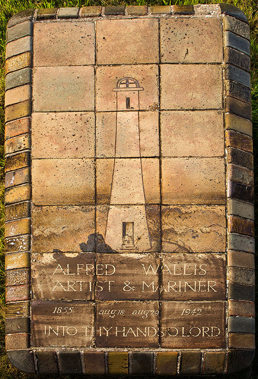 Alfred Wallis Tombstone / St Ives - 2