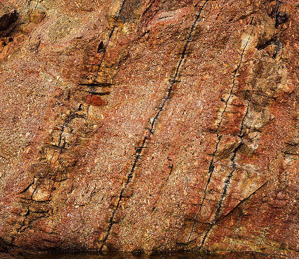 Sheeted Veins - Porth Chapel (S18)