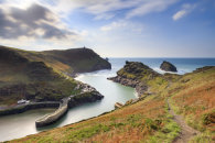 AUTUMN ABOVE BOSCASTLE HARBOUR