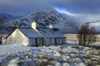 BLACK ROCK COTTAGE IN THE SNOW