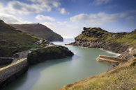 BOSCASTLE HARBOUR ENTERANCE