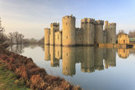 FIRST LIGHT AT BODIAM CASTLE