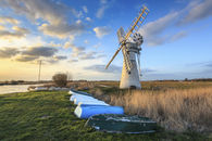LATE LIGHT AT THURNE DYKE DRAINAGE MILL