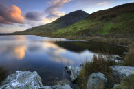 LLYN DYWARCHEN AT SUNSET