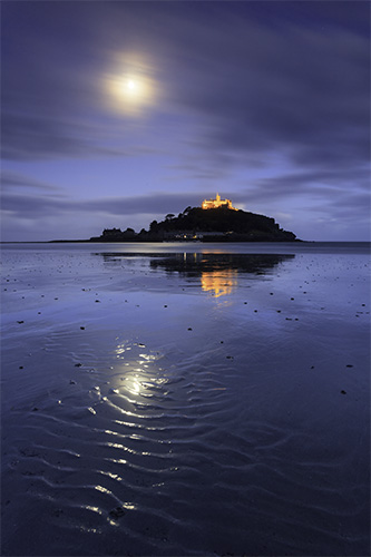 MOONLIGHT REFLECTIONS AT ST MICHAEL'S MOUNT