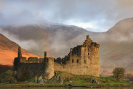 MORNING LIGHT ON KILCHURN CASTLE