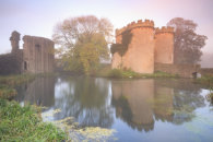 MORNING AT WHITTINGTON CASTLE