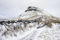 SNOW AT PEN-Y-GHENT