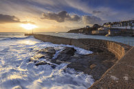 SETTING SUN AT PORTHLEVEN