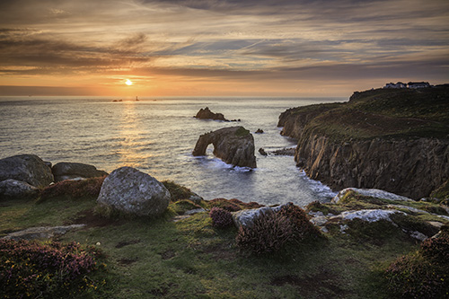 TOWARDS THE SETTING SUN (Land's End)