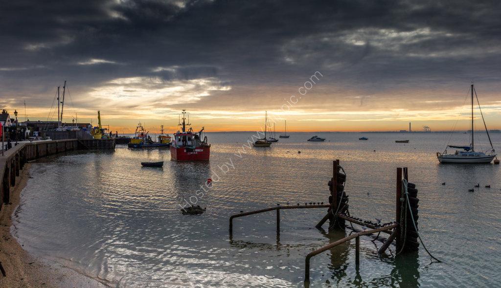 high tide dawn