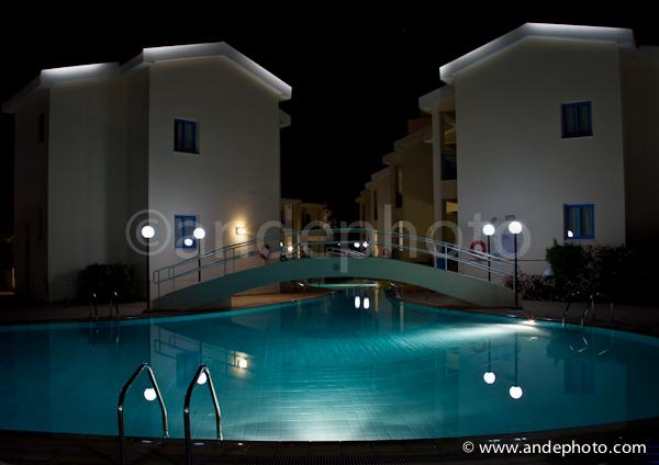 Kissos Hotel by night
