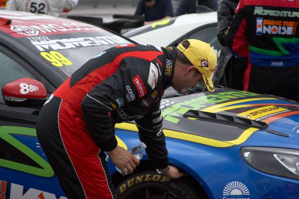 Matt Jackson Checks Out Jasons Tyres
