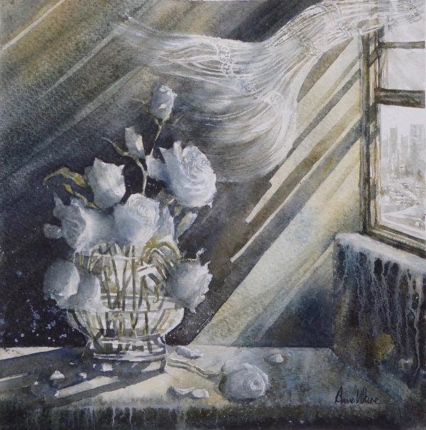 Vase White Roses