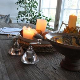 Kitchen Table - www.whitehouseart.co.uk