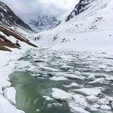 Nature, Skiing, Scenic Views !