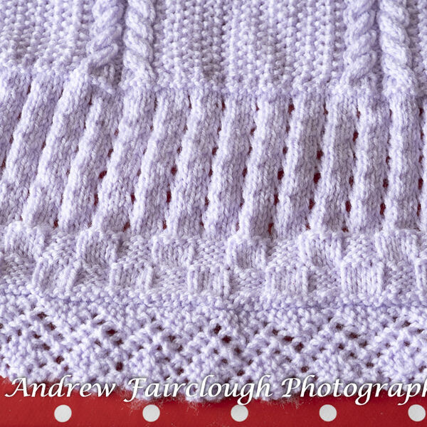 Lilac Baby Blanket - Two Edges Lace and Two Edges Ribbed. Detail.