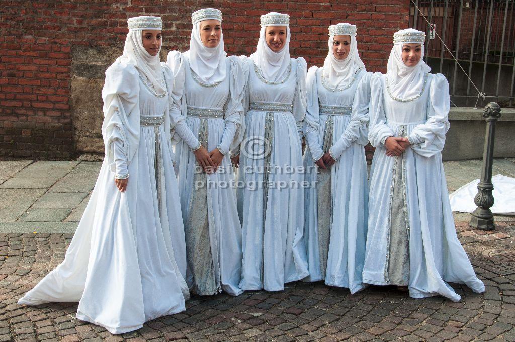 Five Italian Maids