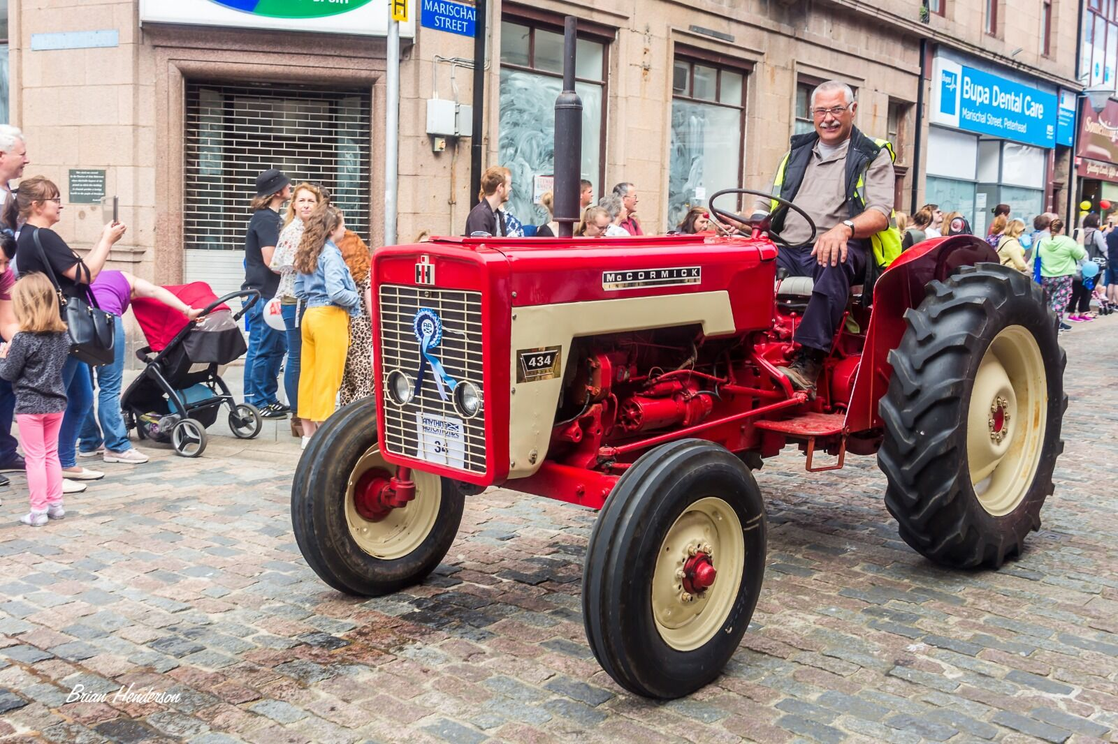 1969 McCormack 434 vintage tractor