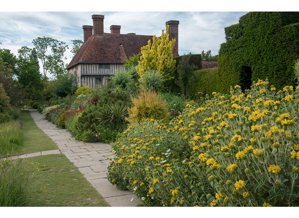Gt Dixter with Long Border