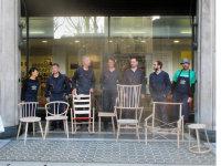 a group shot with chairs : (L-R) Noriko, Koji, Chris, Sarah, William, Gareth, Carl