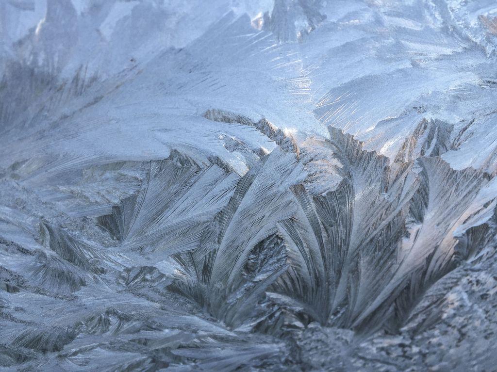 3022 - windscreen ice