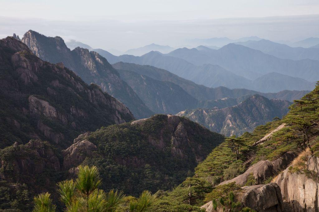China 025: yellow mountains view four