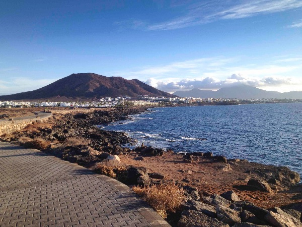 Playa Blanca and Montaña Roja