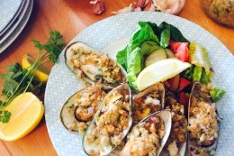Garlic & Herb crumbed Mussels with Salad