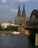 Cologne Cathedral & Höhenzollern Bridge.