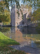 WELLS_BISHOPS_PALACE