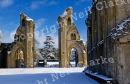 GLASTONBURY_ABBEY_SNOW