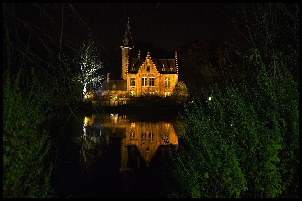 Bruges night time reflection (2)