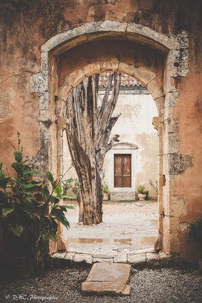 Cretan Archway