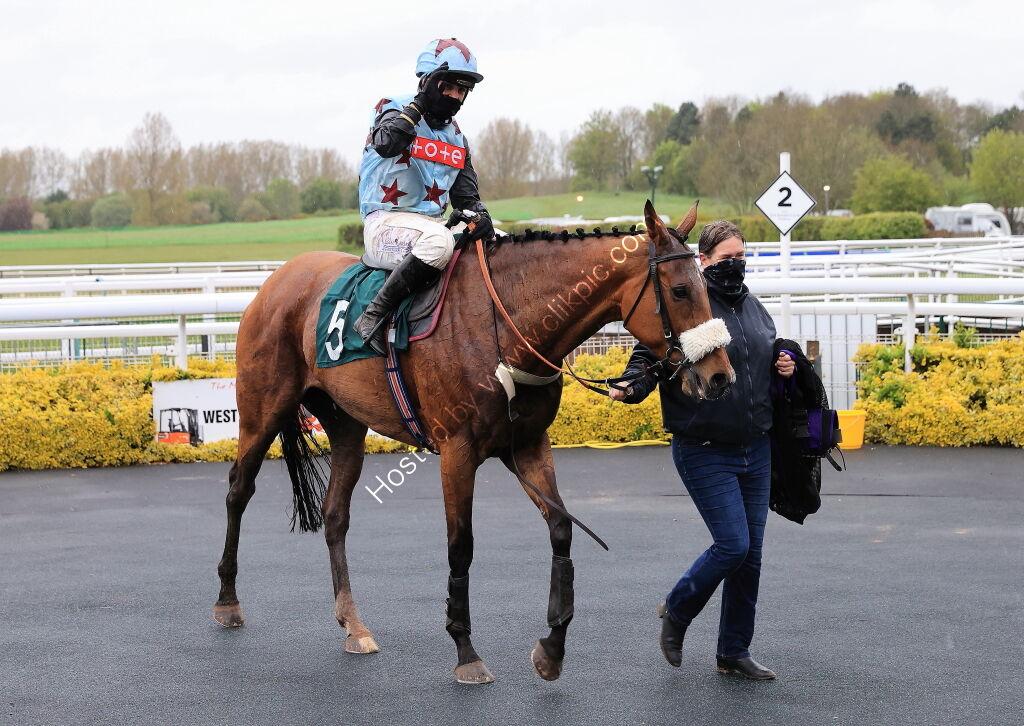 Racing TV.com Mares' H'cap Hurdle