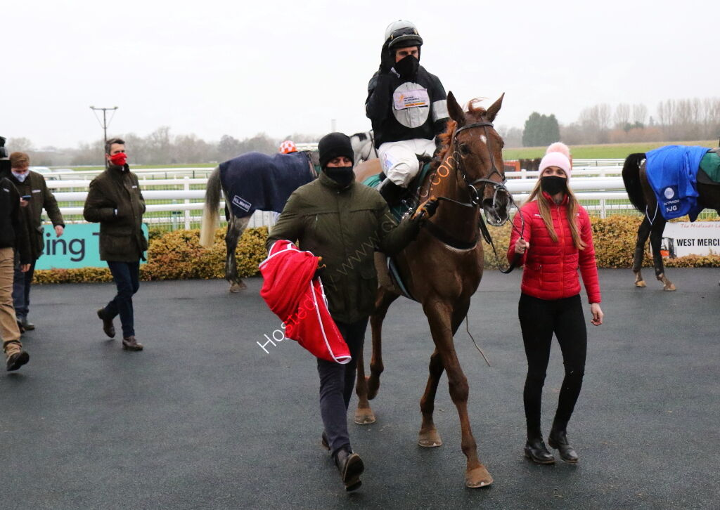 Wigley Group Novices' Handicap Chase.