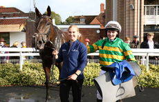 Hook Norton Brewery Conditional Jockeys' H'cap Chase.