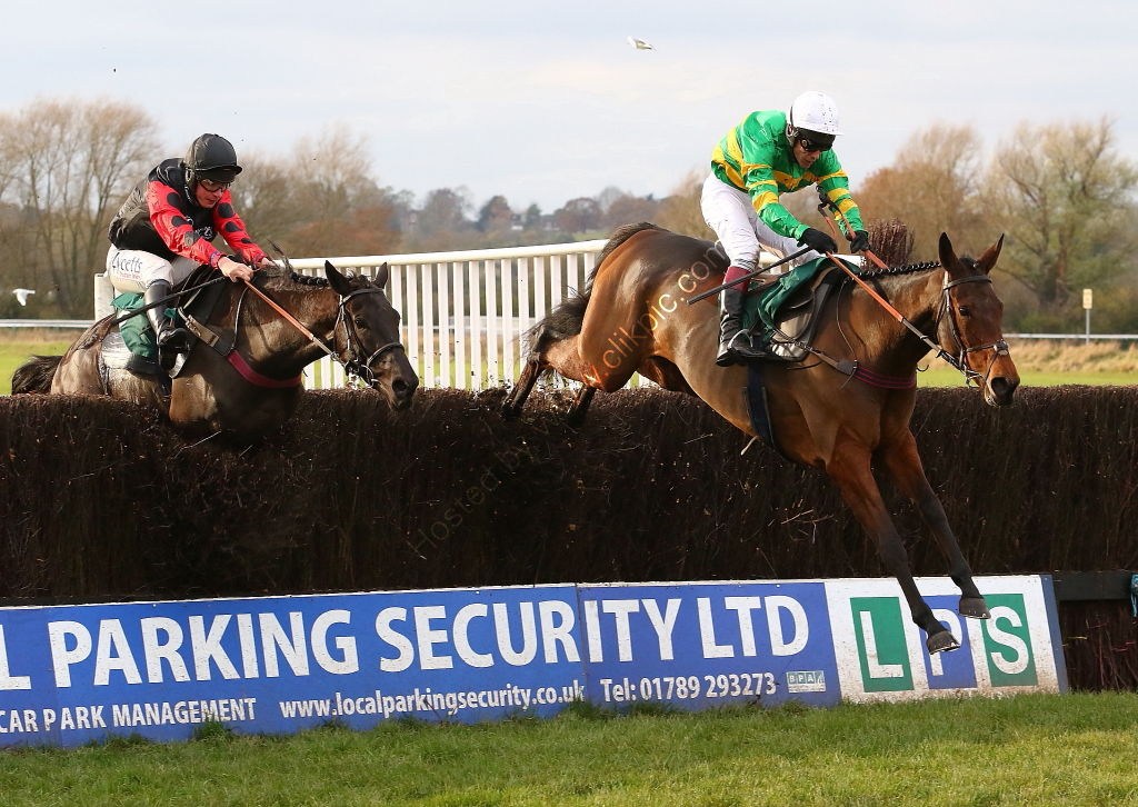 Olly Murphy Racing Mares' Novices' H'cap Chase