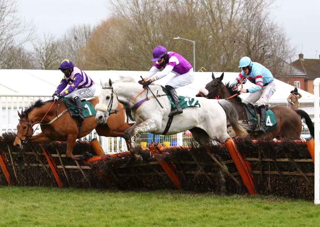 Pony Racing Authority Conditional Jockeys' H'cap Hurdle