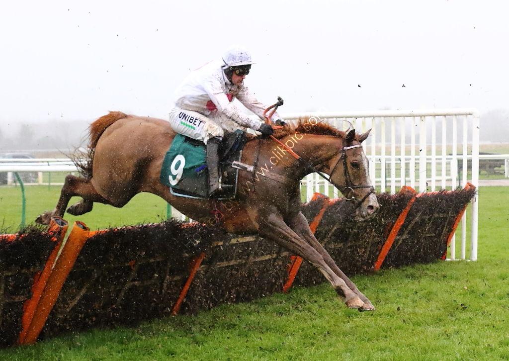 Agetur UK Juvenile Maiden Hurdle