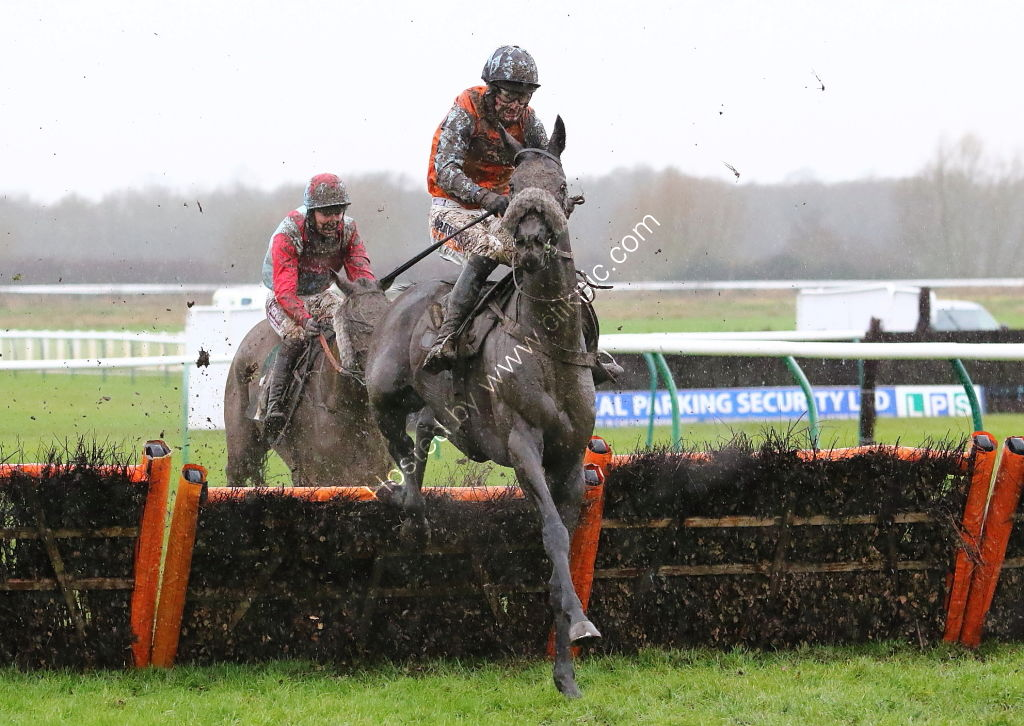VDL Steelweld UK Handicap Hurdle