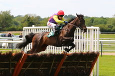 Racing TV William Eborall Maiden Hurdle