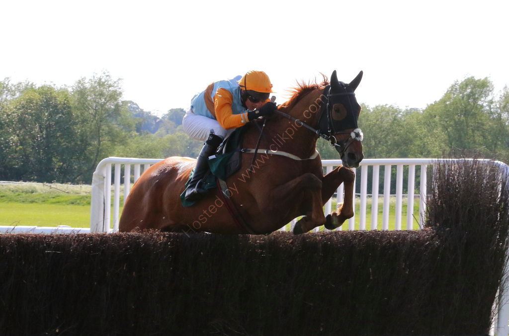 Overbury Stud Crudwell Cup Hunters' Chase.