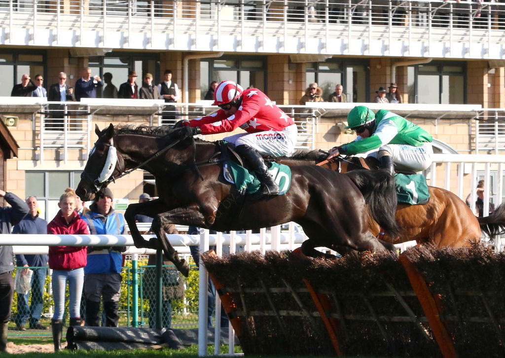 Andrew Whiting Wealth Consultancy H'cap Hurdle.