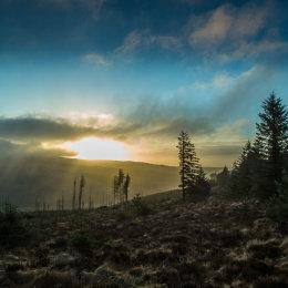 1046-Misty sunrise over Baunreagh Valley Killanure Laois